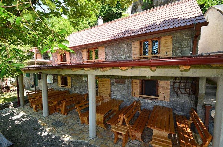 Paklenica Hiking Lodge