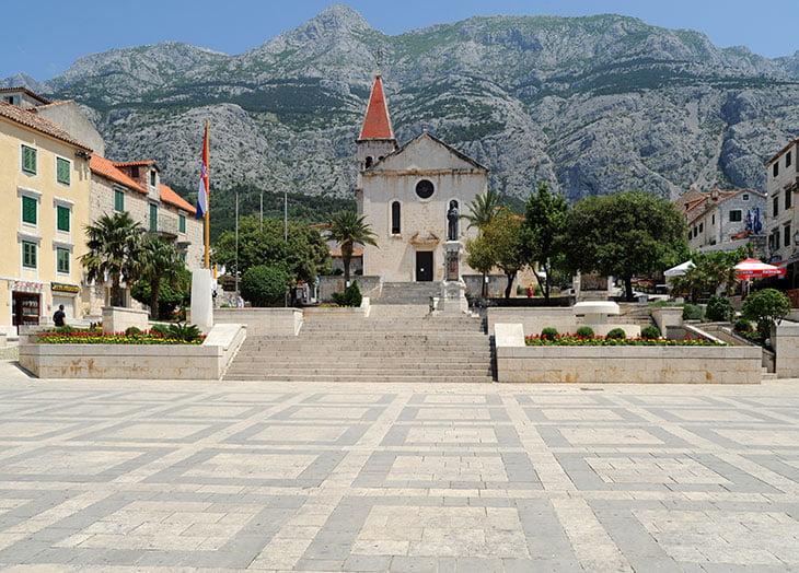 Kacic Square Makrska
