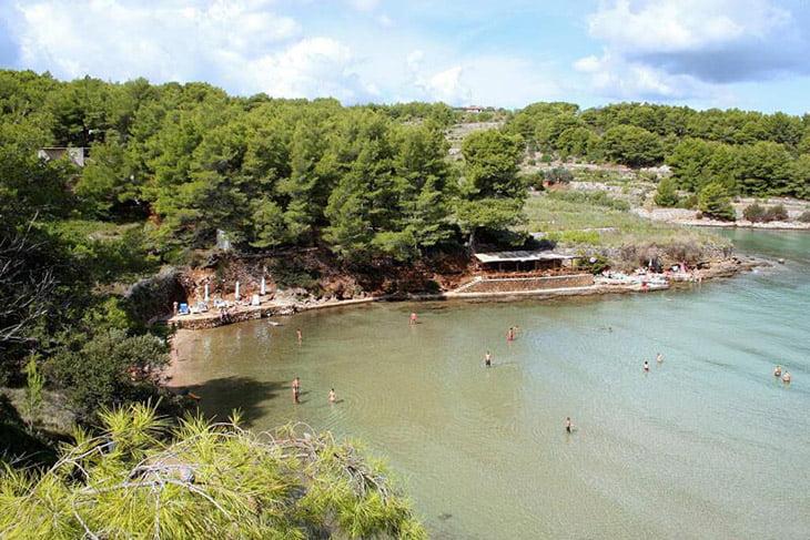 Grebisce Beach