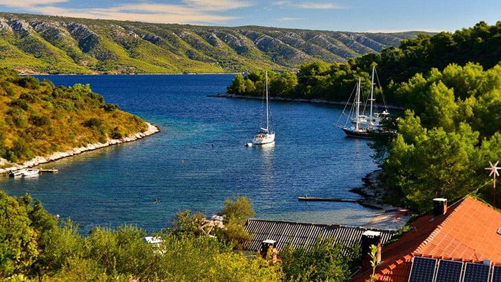 Scedro Island Zavala